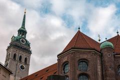 Die Pfarrkirche Sankt Peter in München.