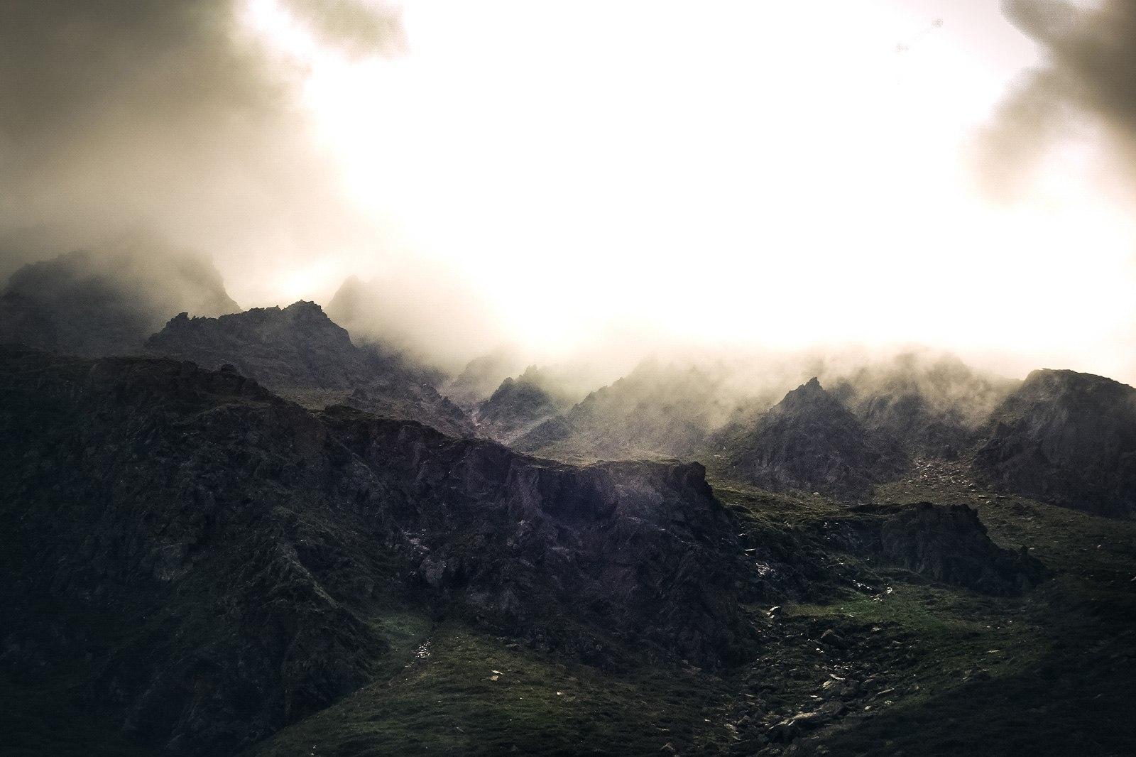 Durch die tief hängenden Wolken hatten wir eine richtig mystische Stimmung.