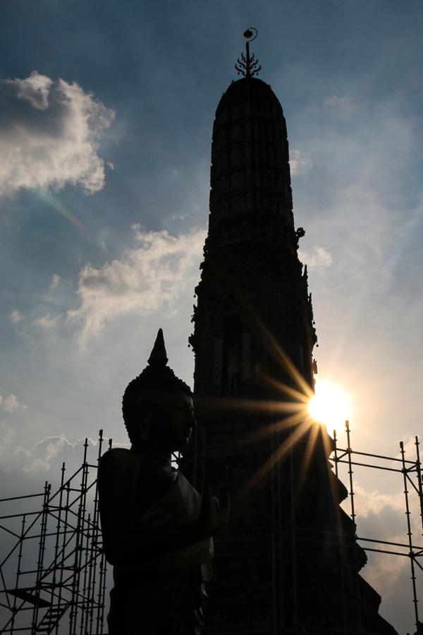 """Ich hab den Tempel der Morgenröte noch nicht bei Sonnenaufgang gesehen. Lohnt sich aber bestimmt! Solange spiel ich mit dem """"normalen"""" Gegenlicht."""