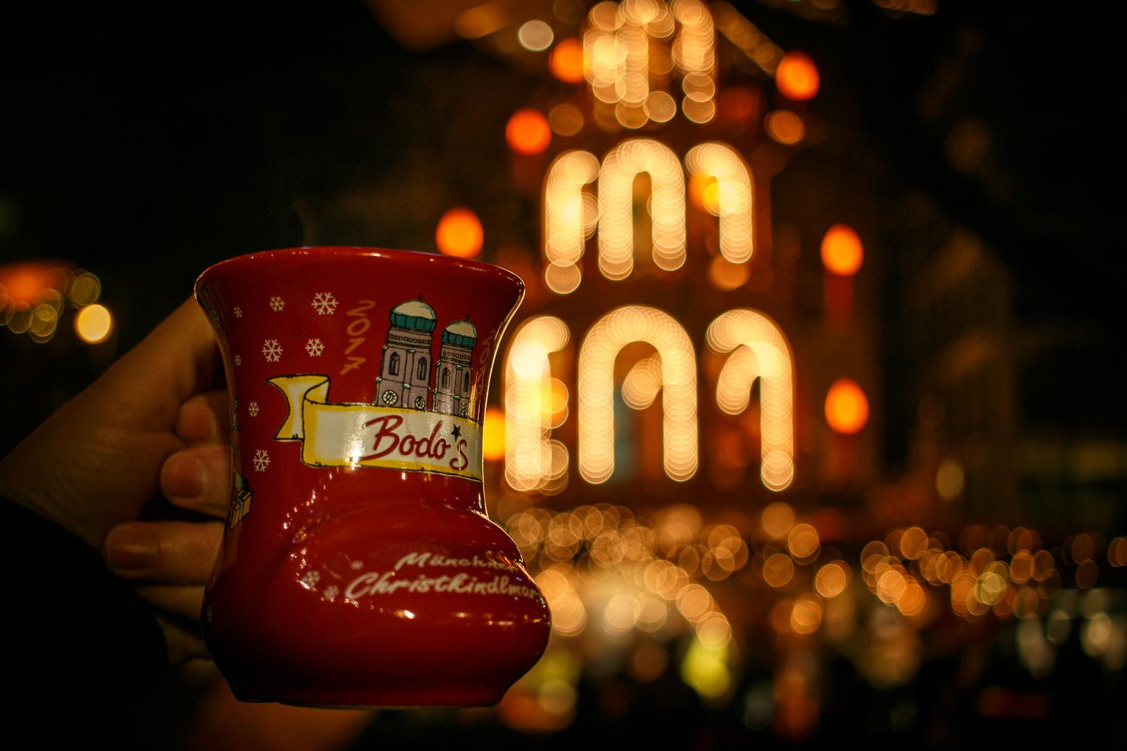 Ein guter Glühwein darf auf dem Weihnachtsmarkt natürlich nicht fehlen.