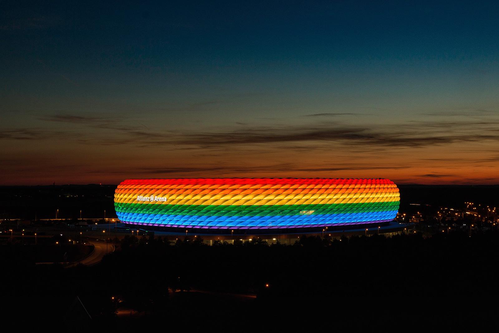 Allianz Arena München beim CSD
