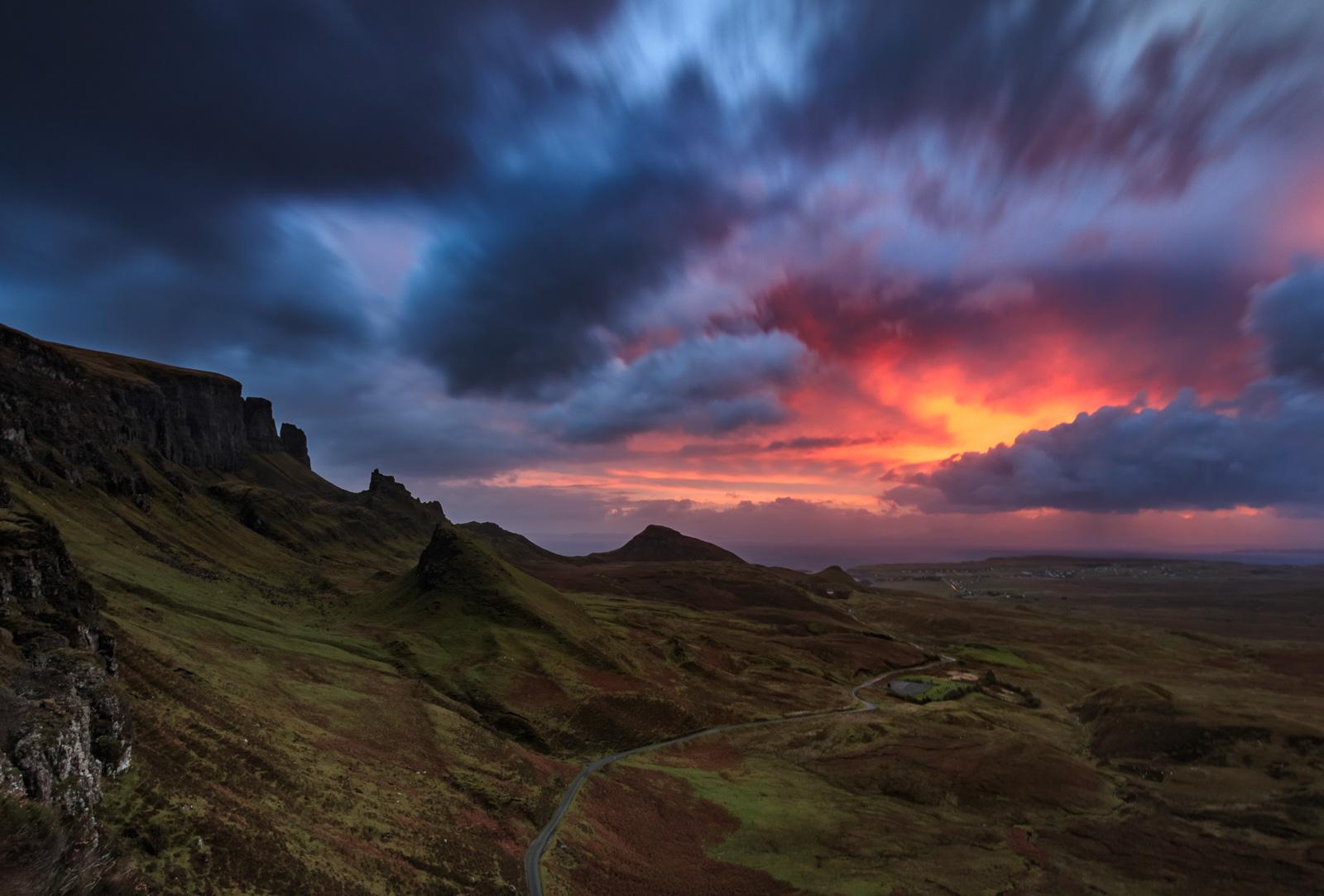 Der Himmel brennt – Sonnenaufgang am Quiraing