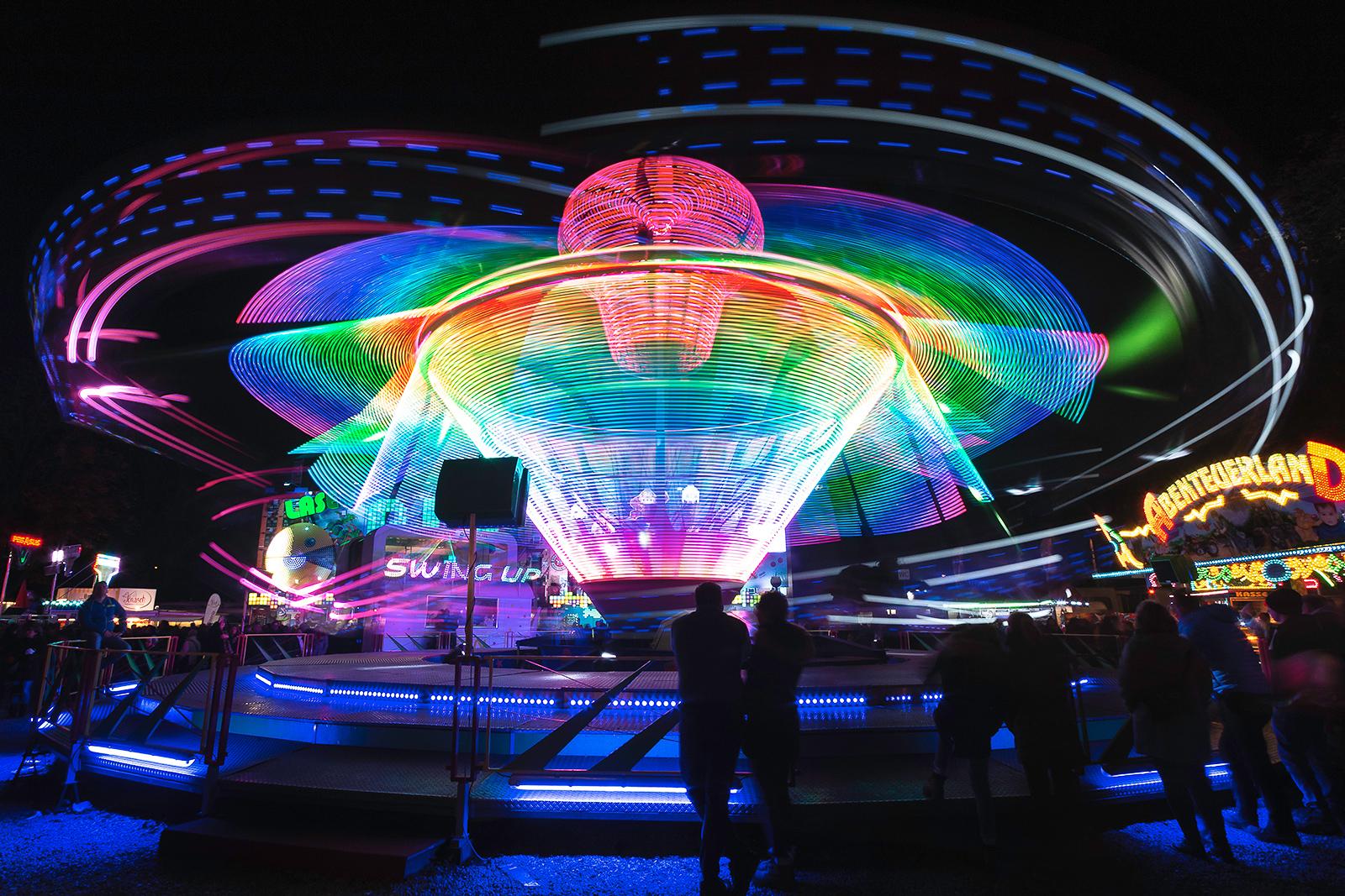 November: Lighttrails auf der Herbstmesse Basel