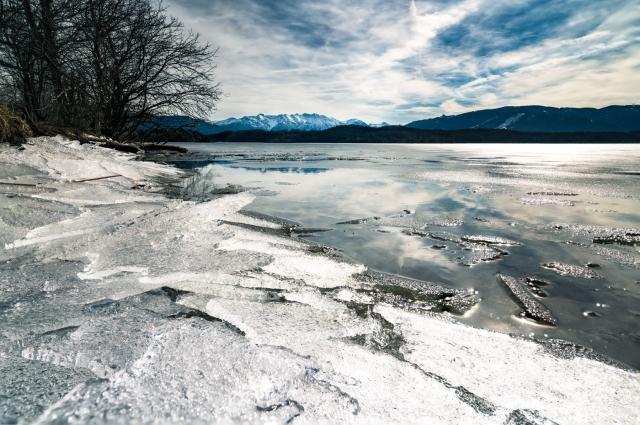 Ufer Staffelsee im Winter