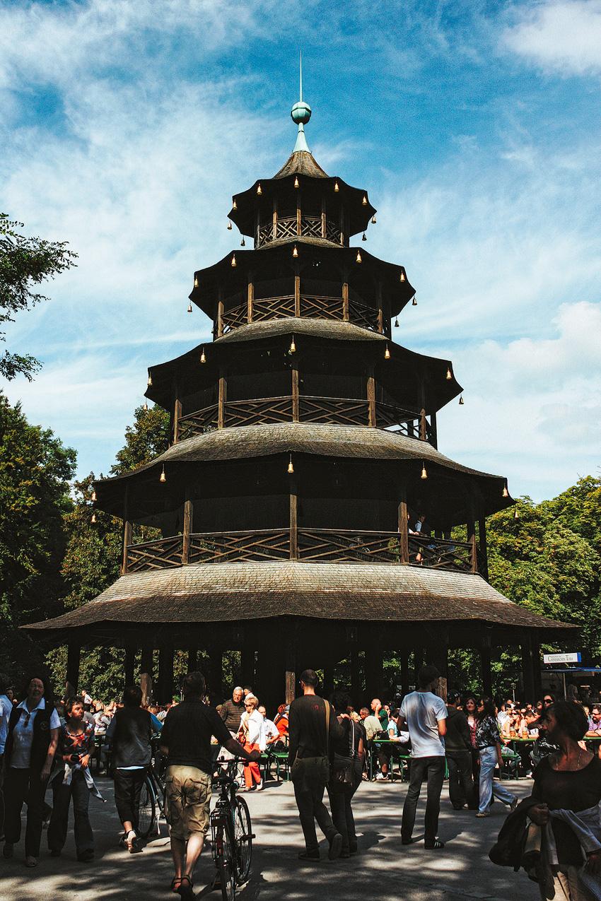 München, Chinesischer Turm, Biergarten,