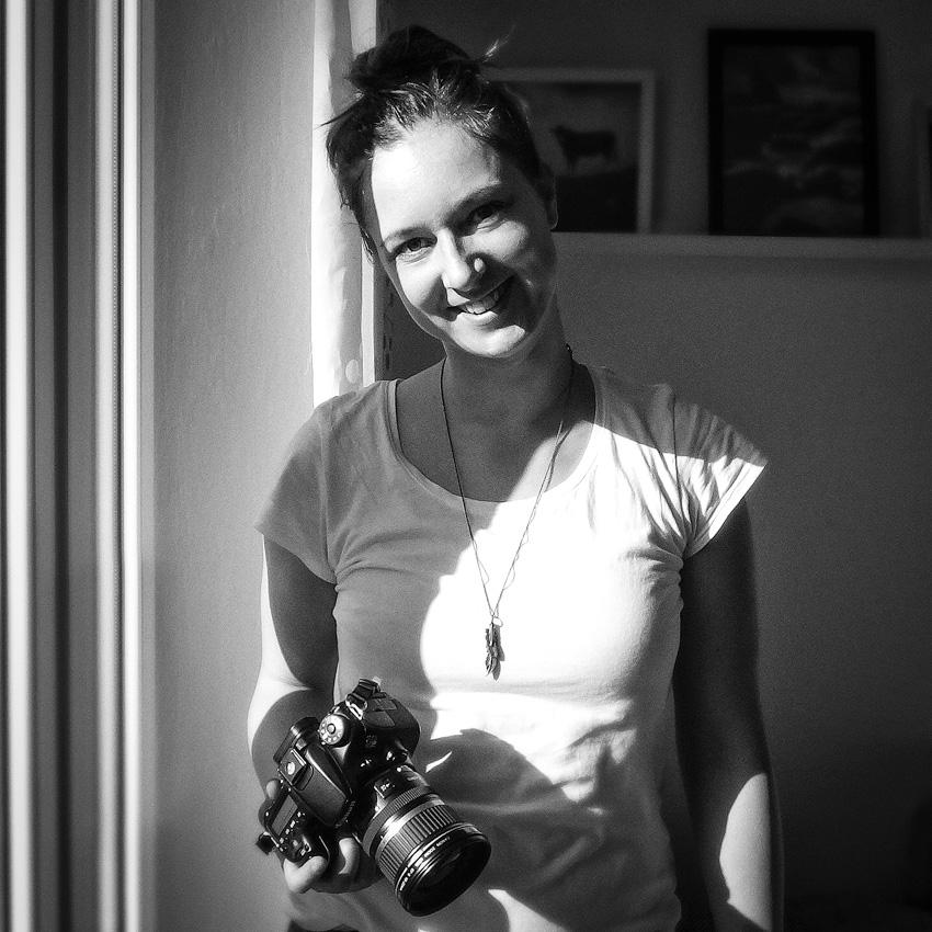 Kathrin's World, Kathrin Schlott, Selfie, Selbstportrait, schwarz-weiß