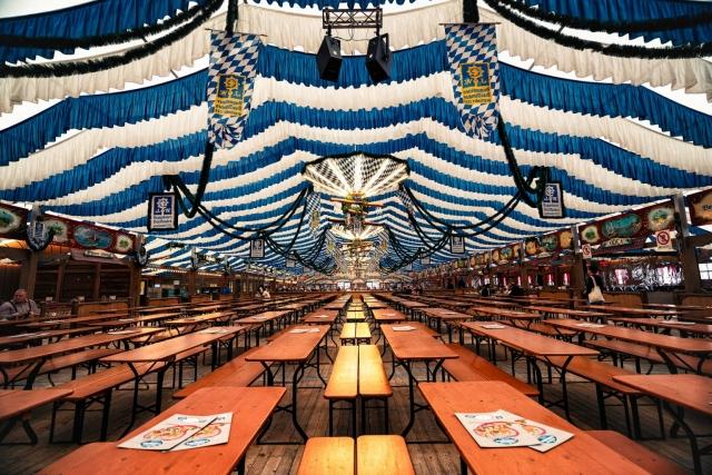 Frühlingsfest, München, Bierzelt, Bayern, Oberbayern, Deutschland, Volksfest, Augustiner