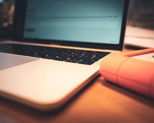 Laptop, MacBook Pro, Lacie,