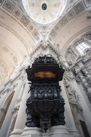 Theatinerkirche, Kanzel, München, Bayern, Oberbayern, Deutschland