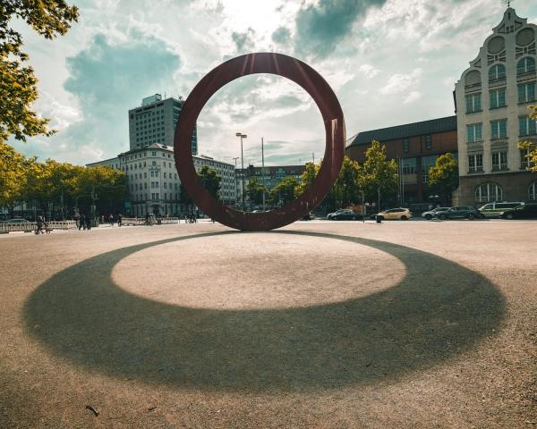 o, Luisenstraße, München, Kunstwerk, Mauro Staccioli