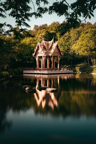 Westpark, Japanischer Garten, München, Spiegelung, Oberbayern, Bayern, Deutschland, Tempel