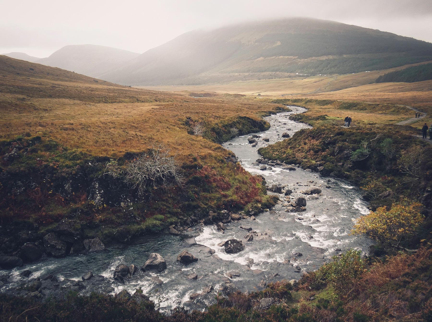 Jaworskyj Fotoreise, Lukas Voegelin, Schottland, Isle of Skye, Fluss, Fairy Pools, Wasserfall, Highlands