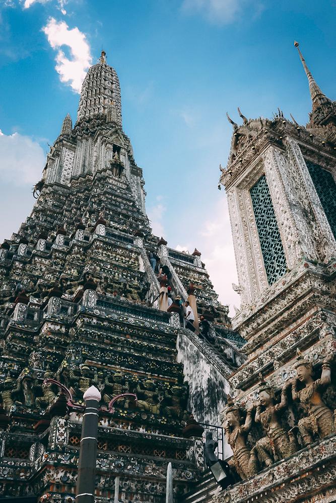 Zwei der Tempeltürme des Wat Arun.
