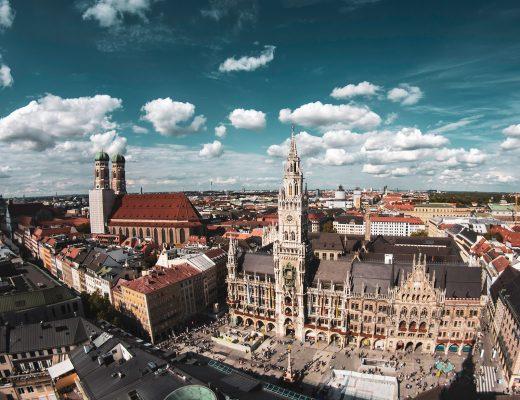 Fotospot Alter Peter, Blick über den Marienplatz in München